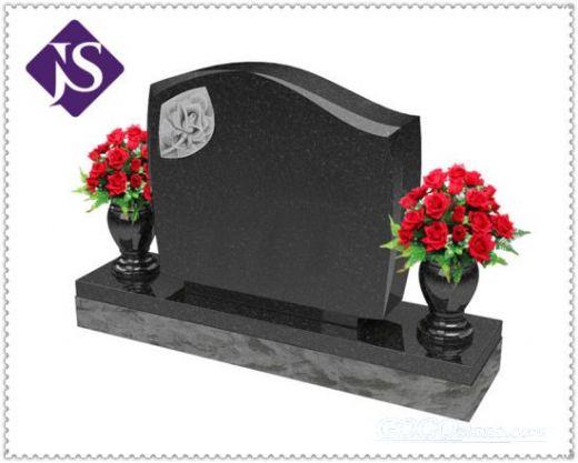 Angel Heardstone & Monument & Gravestone Carved Granite Cemetery
