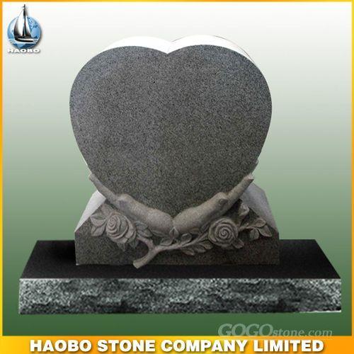 granite heart shaped monument 2