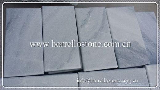 white grey marble tile